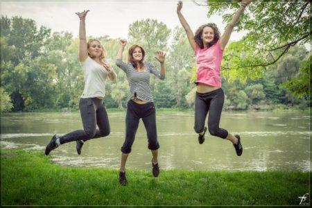 الضحك يقلل من مستوى هرمونات التوتر في الجسم
