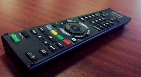 جهاز التحكم عن بعد التلفزيون