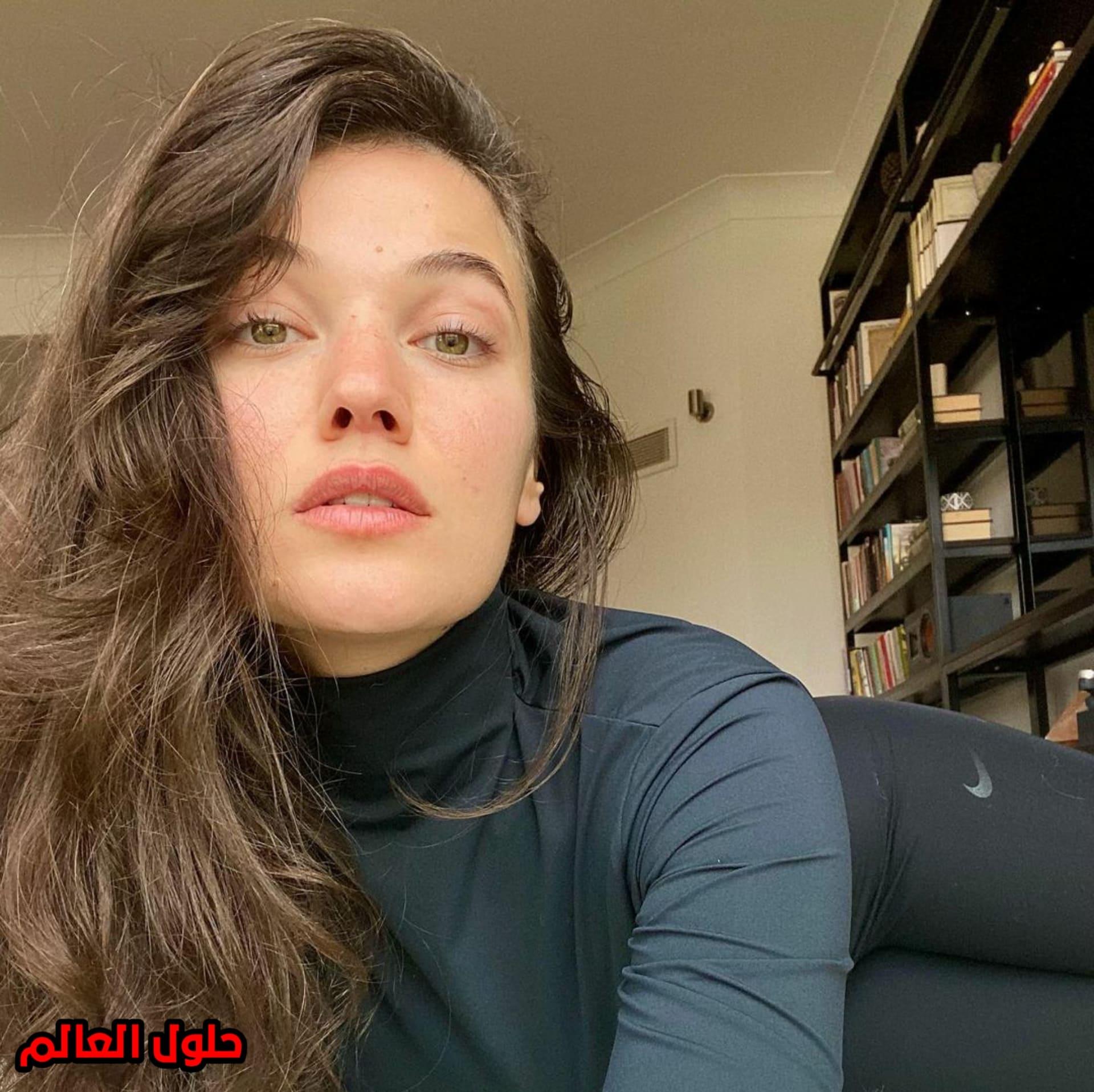 بينار دينيز Pınar Deniz حياتها منذ الطفولة ومسلسلاتها