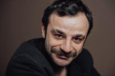 جوفين مراد أكبينار Guven Murat Akpınar